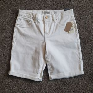 Lucky Brand white Bermuda shorts